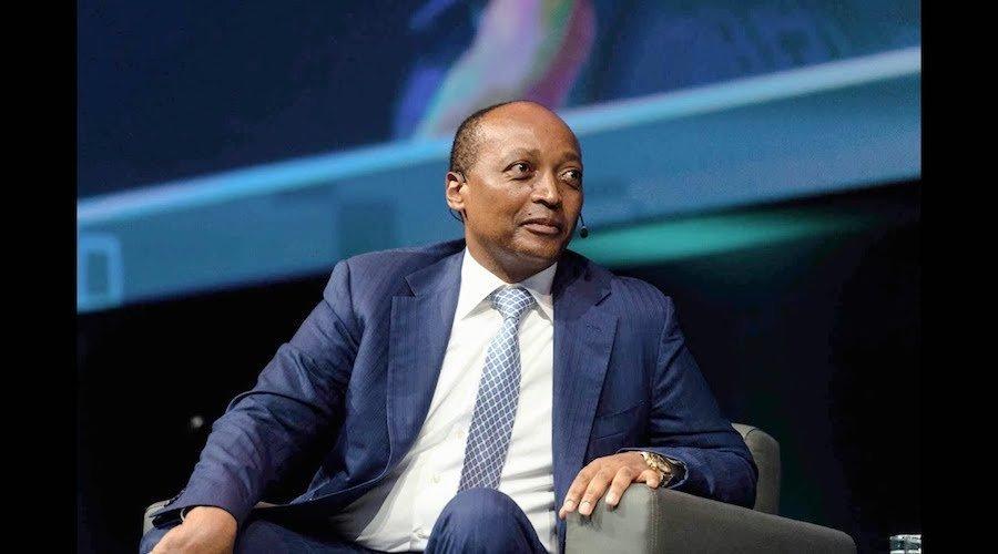 الجنوب إفريقي موتسيبي الأقرب لرئاسة «كاف»