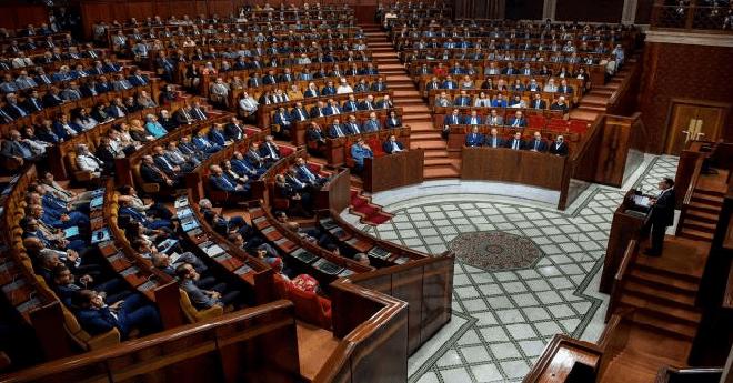 البيجيدي يستجدي خدمات البام لتمرير معاشات البرلمانيين