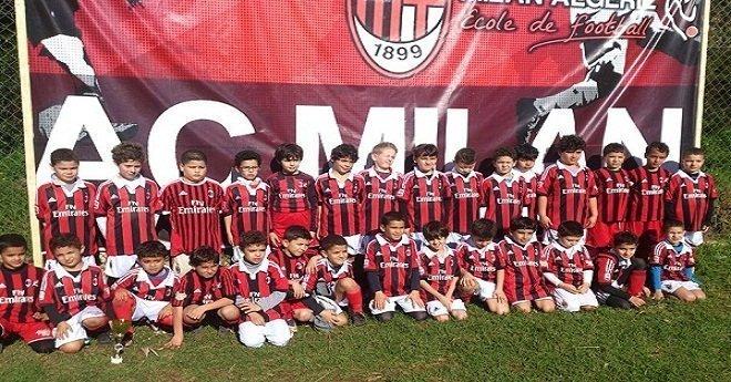 هذا النادي العريق سيفتتح أكاديمية لكرة القدم بمدينة العيون