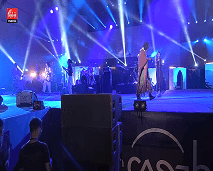 Tiken Jah Fakoly البيضاويون يرقصون على ايقاع الريغي مع المغني الايفواري