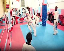 عبد النور الفيدياني بطل لم تمنعه اعاقته من صناعة المجد في رياضة التيكواندو