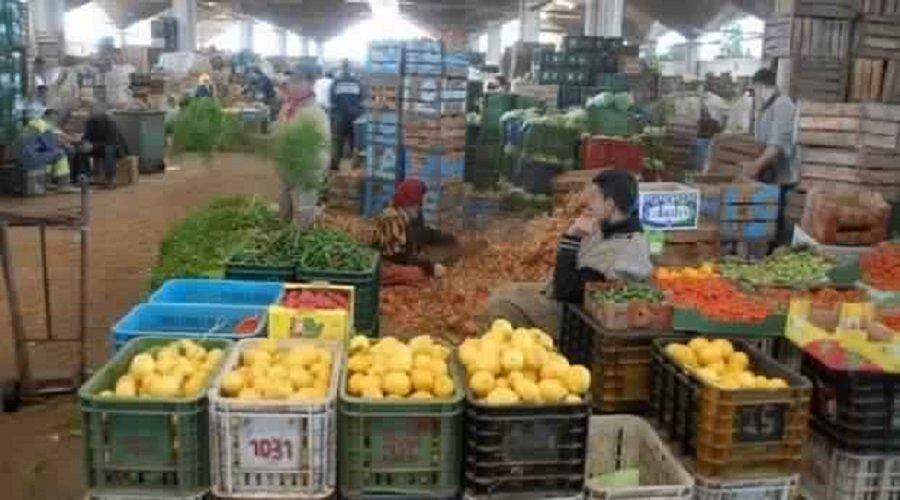"""اختلالات في تدبير أزمة """" كورونا"""" تطيح بمدير سوق الجملة للخضر بطنجة"""