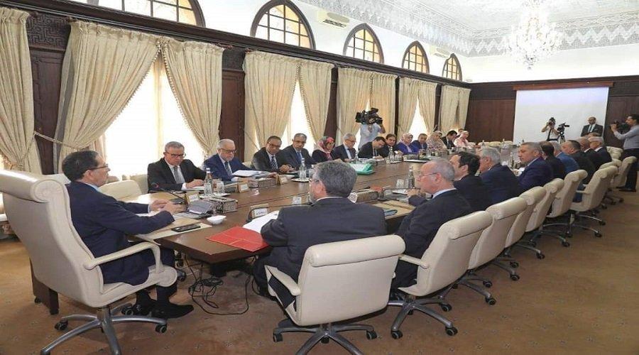 هؤلاء أبرز الوزراء المرشحين لمغادرة الحكومة