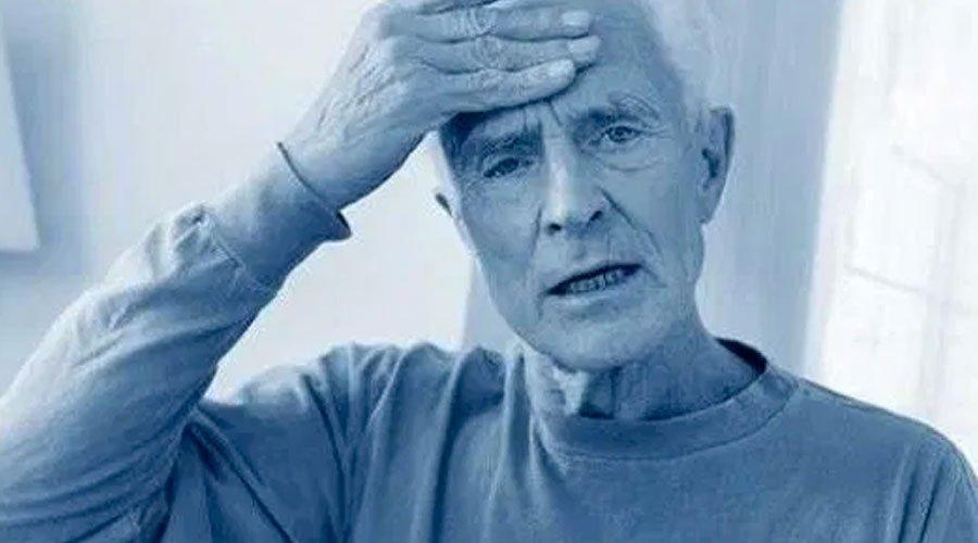 تعرّف على النظام الكيتوني الذي  يقلّل من خطر الإصابة بالزهايمر