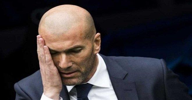 """بعد خسارة """"الكلاسيكو"""".. تقارير تكشف خليفة زيدان في ريال مدريد"""