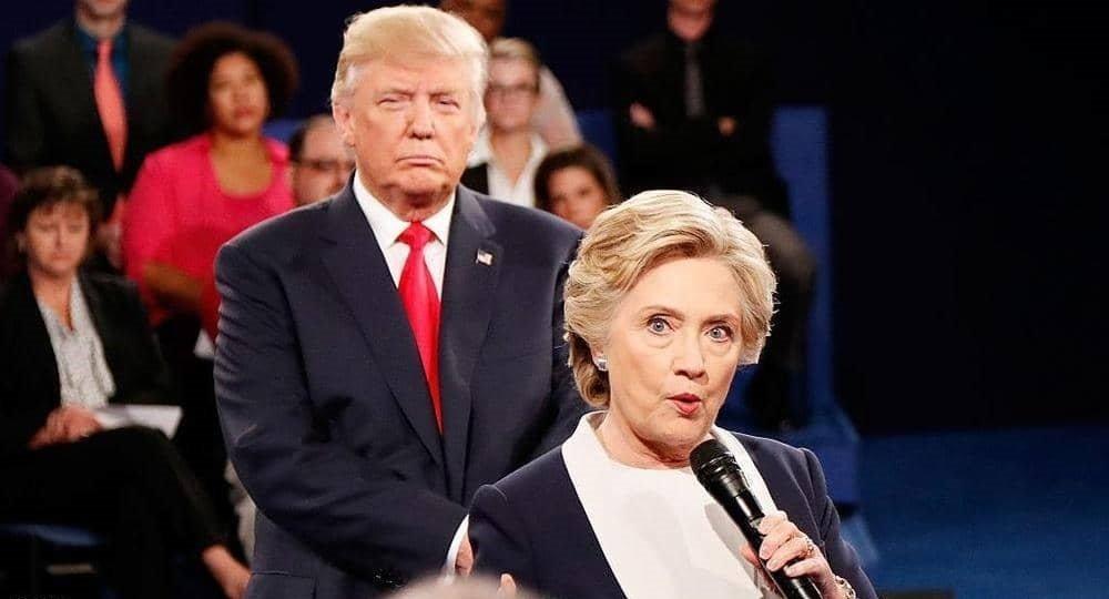 عاجل... ترامب يمر إلى السرعة القصوى ويرفع السرية عن وثائق حساسة منها التدخل الروسي في الانتخابات عبر بريد كلينتون الخاص