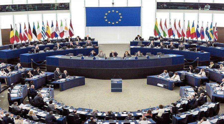 الكيان الرئيسي الداعم لجبهة البوليساريو بالبرلمان الأوروبي يتفكك
