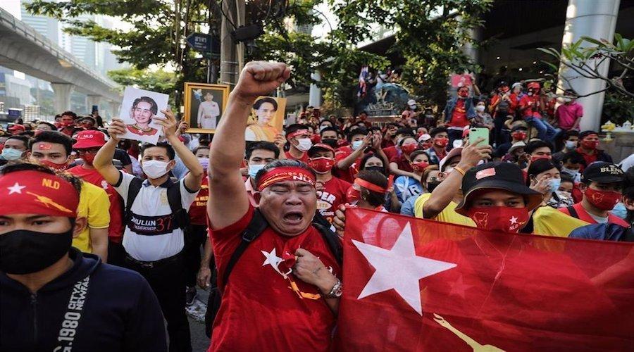 ميانمار..تأجيل محاكمة الزعيمة أونغ سان سو تشي واستمرار الإحتجاجات