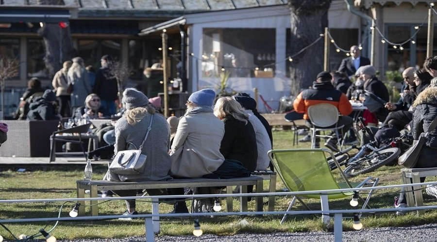 منظمة الصحة تدعو الدول للاقتداء باستراتيجية السويد في مكافحة كورونا