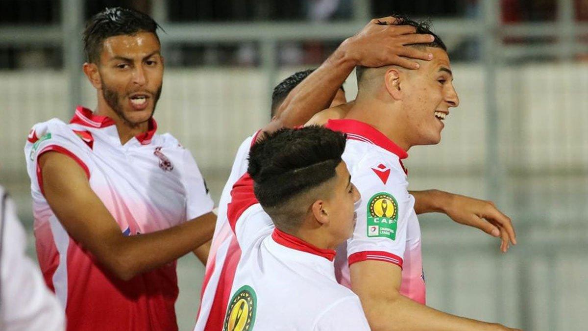 إصابة 10 لاعبين من الوداد البيضاوي بكورونا