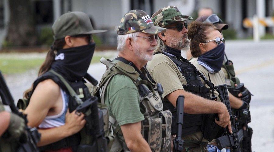 الأمريكيون يحتمون بالأسلحة خلال الانتخابات الرئاسية