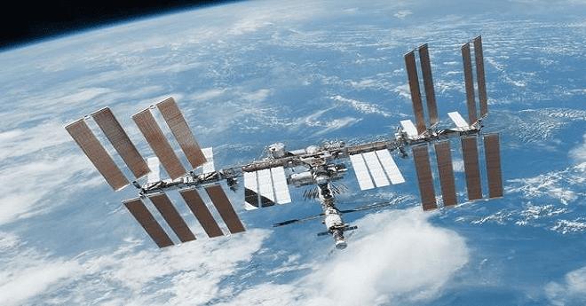 المغرب يخوض مغامرة استكشاف الفضاء باستقبال أول اتصال فضائي انطلاقا من بلد عربي