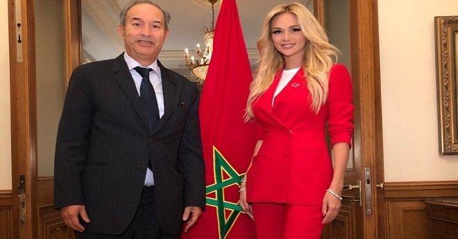ملكة جمال روسيا ترحب بالمغاربة في المونديال