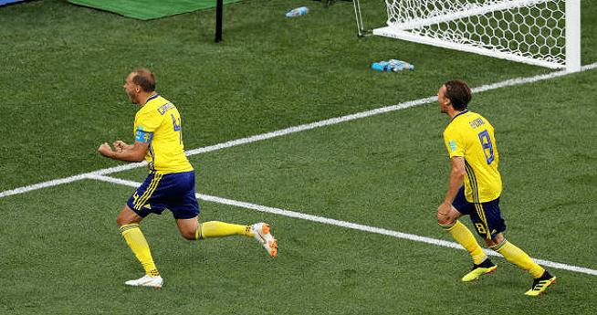 بالفيديو.. السويد تحقق فوزا صعبا على كوريا الجنوبية مستعينة بتقنية الفيديو