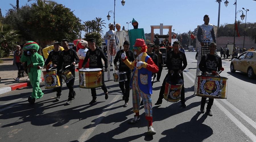 بالصور.. كارنافال شعبي في مراكش احتفالا بالأسبوع الوطني للصناعة التقليدية