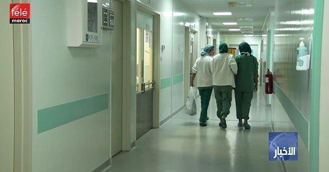 فيديو.. جدل حول السماح للجامعيين بممارسة مهنة الطب خارج المؤسسات العمومية