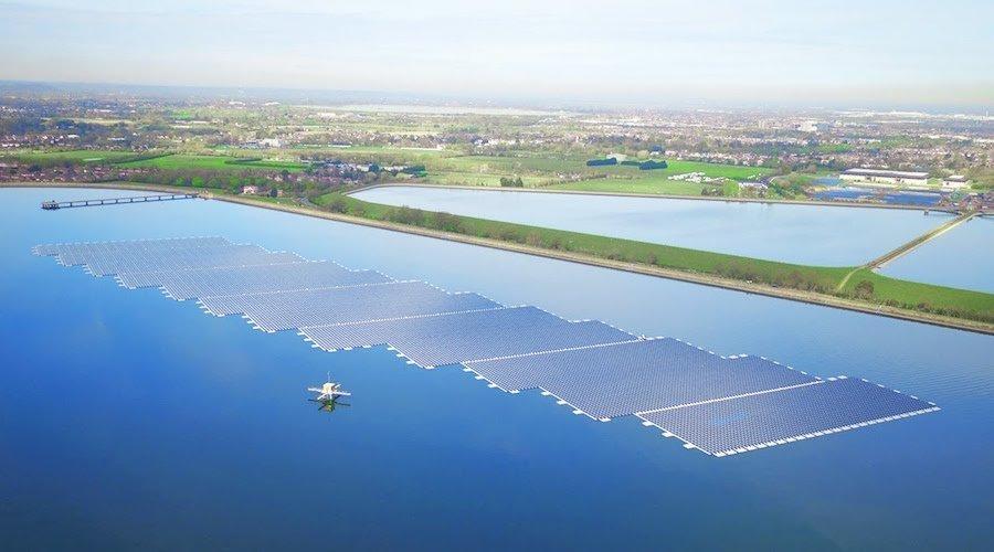 إطلاق محطة شمسية عائمة بسيدي سليمان هي الأولى في شمال إفريقيا