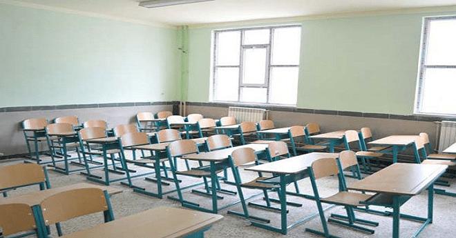 آباء يقاضون مدارس طردت أبناءهم بسبب المعدلات