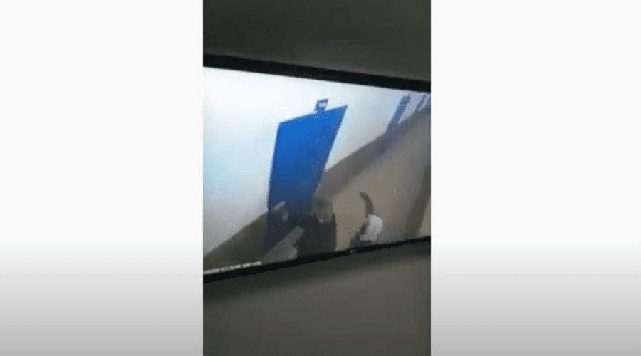 بالفيديو.. شاهد لحظة تنفيذ الهيش إرهابي خلية تمارة لجريمته في حق حارس سجن تيفلت