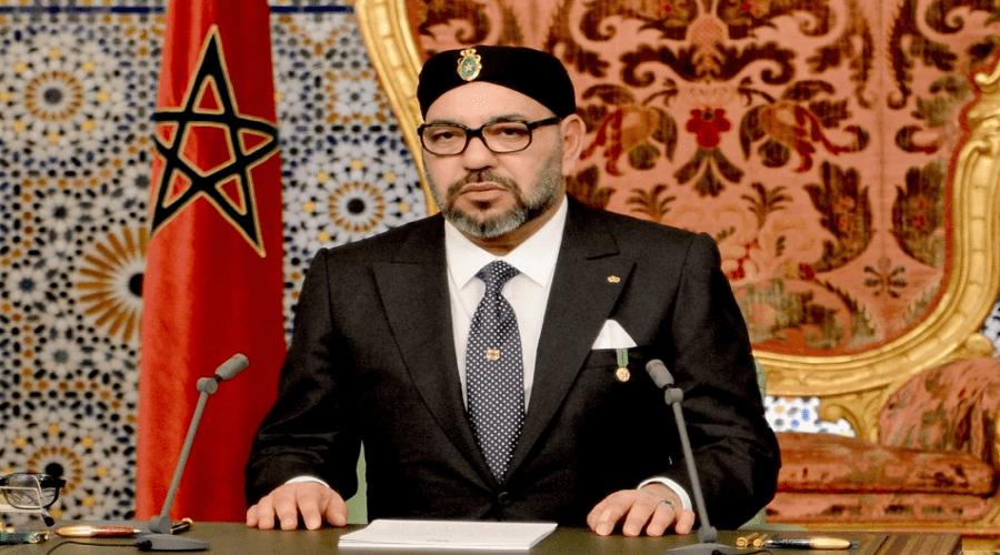 الملك يدعو للتفكير في ربط مراكش وأكادير والجنوب بخط السكة الحديد