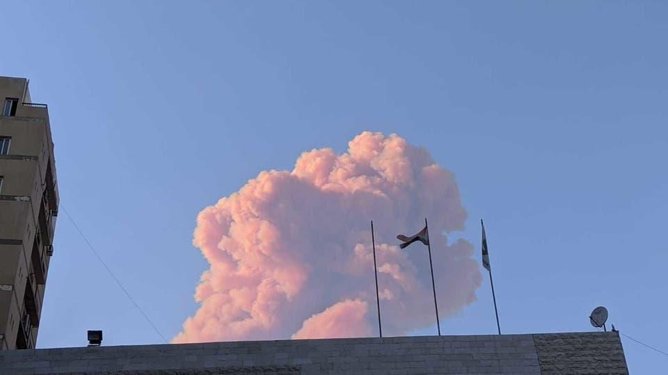 إنفجار هائل في بيروت وسقوط عشرات الجرحى