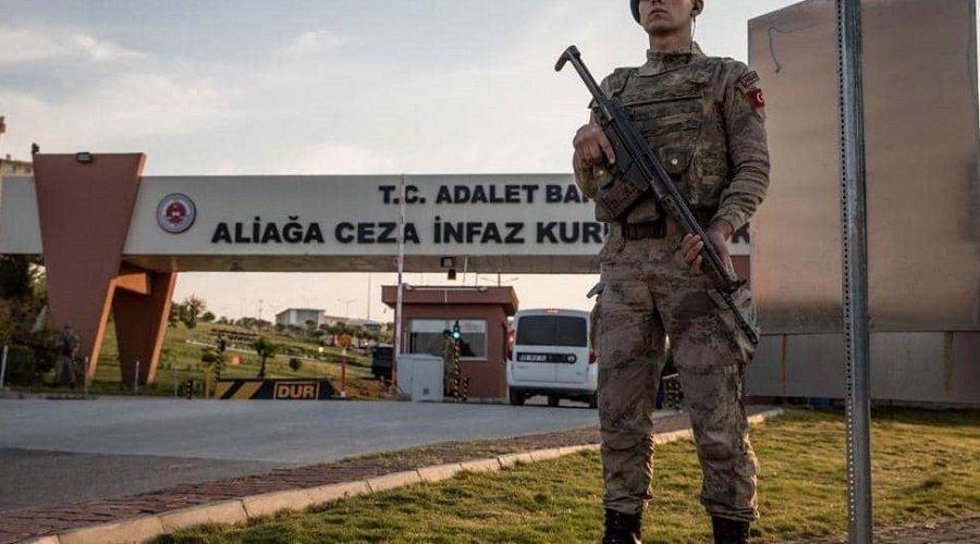 """السلطات التركية تعتقل أزيد من 200 عسكري يشتبه في صلتهم بتنظيم """"غولن"""""""