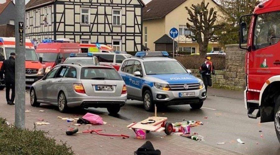 30 جريحا في حادث دهس بألمانيا والشرطة توقف شخصين