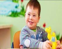 مساحة ضوء: أطفال الثلاثي الصبغي في المغرب بين إكراهات الإعاقة وضرورة التكفل الطبي