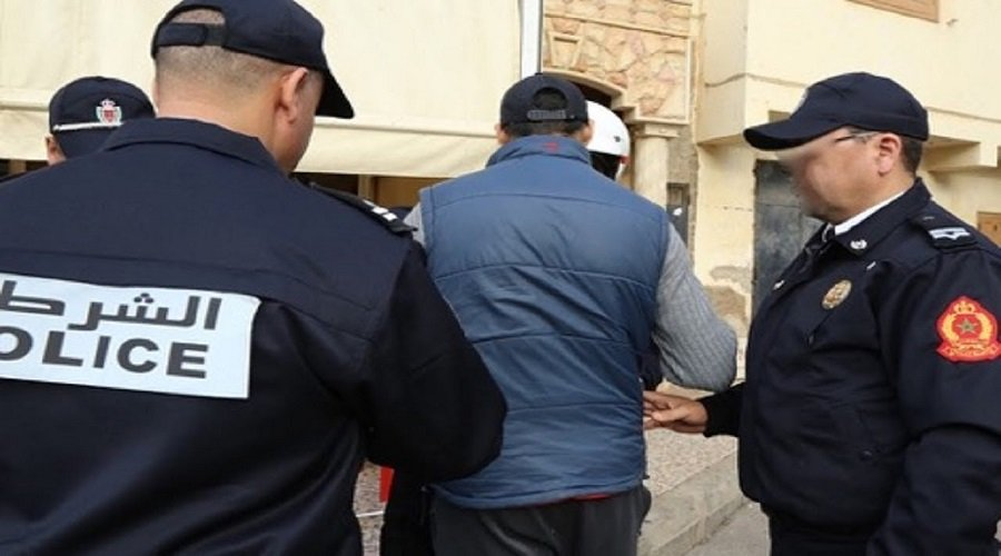 اعتقال ثلاثيني انتحل صفات مسؤولين كبار في الأمن والدرك