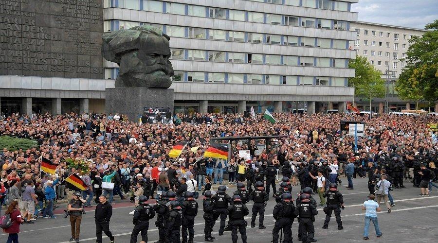 هل تساهم احتجاجات ألمانيا والمطالب بإسقاط الكمامة في انتشار الموجة الثانية لكورونا ؟