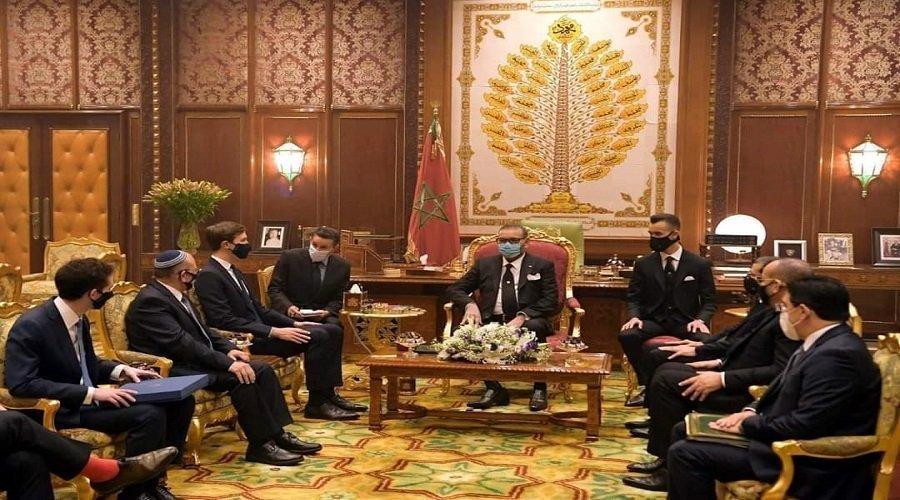 الملك يستقبل الوفد الأمريكي الإسرائيلي ويجدد موقف المغرب الثابت من القضية الفلسطينية