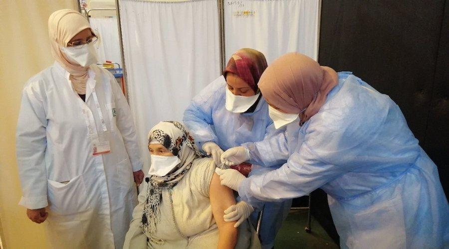 8 ملايين جرعة لقاح لكورونا تضع المغرب في صدارة القارة