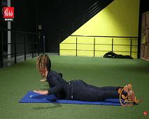 حركات رياضية للظهر مع كلثوم اضمير