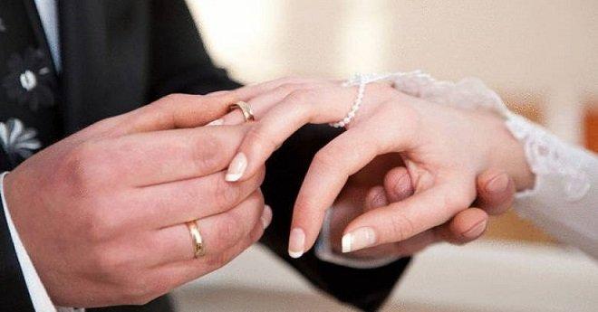 الطلاق في ارتفاع وزواج القاصرات في انخفاض