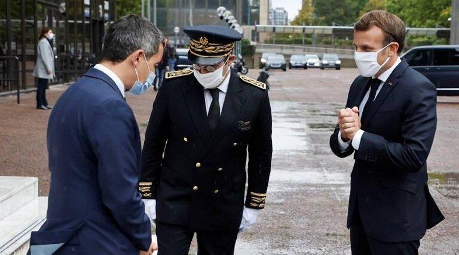 وزير الداخلية الفرنسي يعلن أن بلاده في حالة حرب