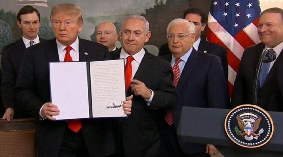 ترامب يوقع رسميا على الاعتراف بسيادة إسرائيل على الجولان