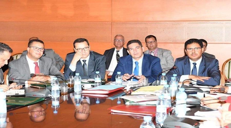 """لجنة التعليم بمجلس المستشارين تصادق على """"القانون الإطار"""" بالأغلبية"""