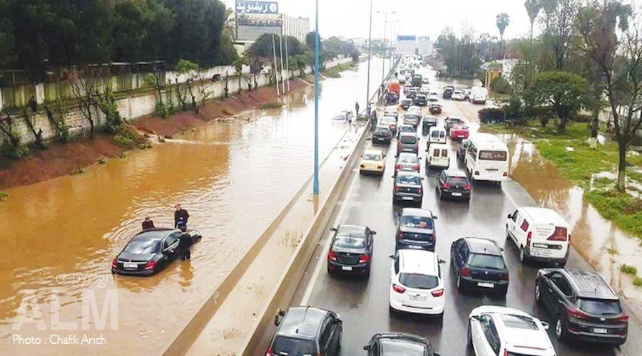 مجلس البيضاء يتأسف بشأن الانهيارات ويبدي قلقه بخصوص الفيضانات