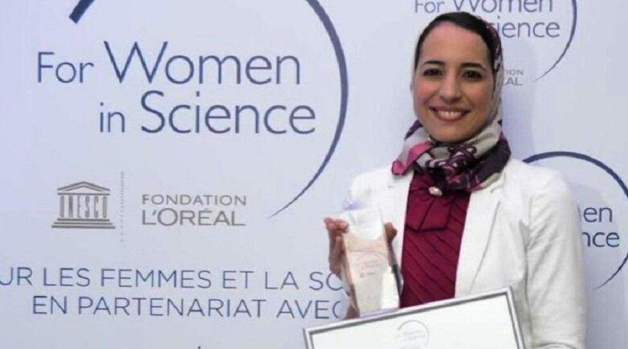 تتويج الباحثة المغربية هاجر المصنف بجائزة الذكاء الاصطناعي ويمن تيك