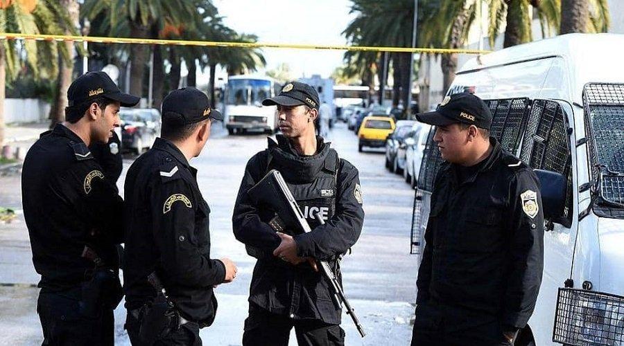 مقتل سائح فرنسي وإصابة عسكري في عملية طعن بتونس