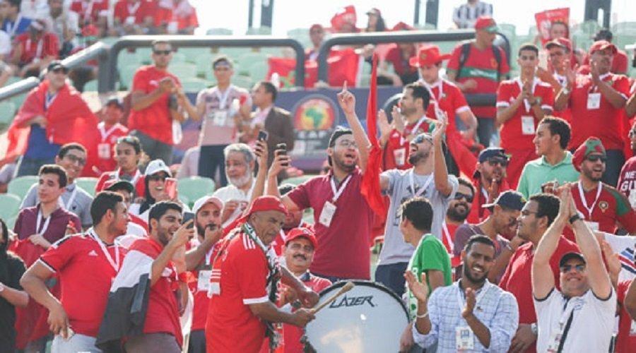 """السلطات المصرية تمنع إدخال اللافتات السياسية لملاعب """"الكان"""" وتحذيرات للجماهير المغربية"""