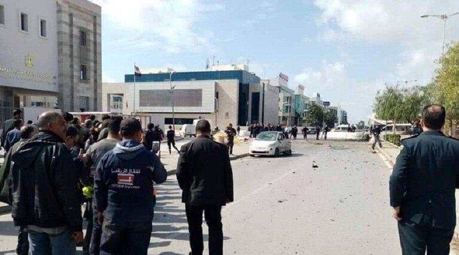 تفجير انتحاري أمام السفارة الأمريكية بتونس