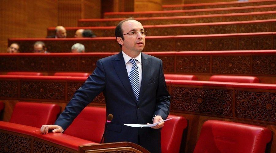 """قضية الطفلة """"وصال"""" تجر الدكالي إلى المساءلة أمام البرلمان"""