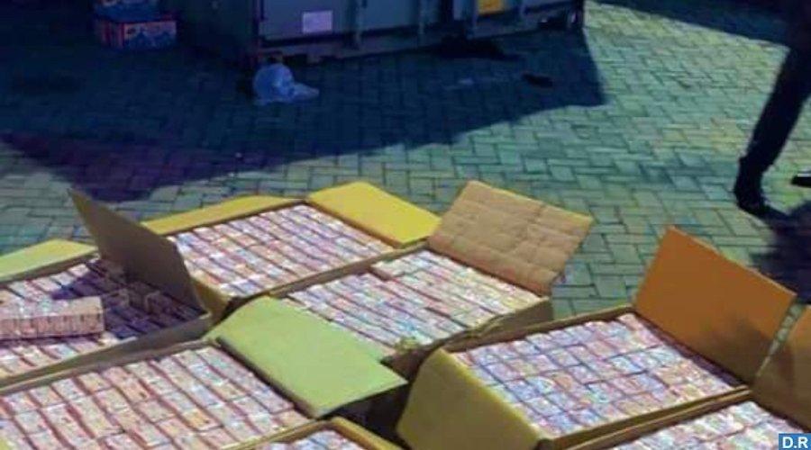 بتنسيق مع DEAالأمريكي ضبط 500 ألف قرص مخدر بين ميناء طنجة والمطار