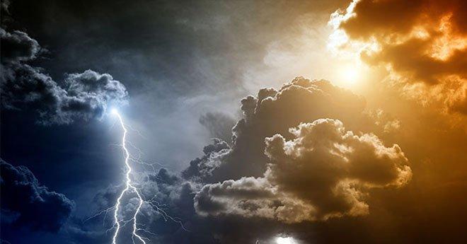 طقس الجمعة .. أمطار عاصفية بهذه المناطق