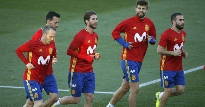مفاجئات في لائحة المنتخب الإسباني التي ستواجه الأسود في مونديال روسيا