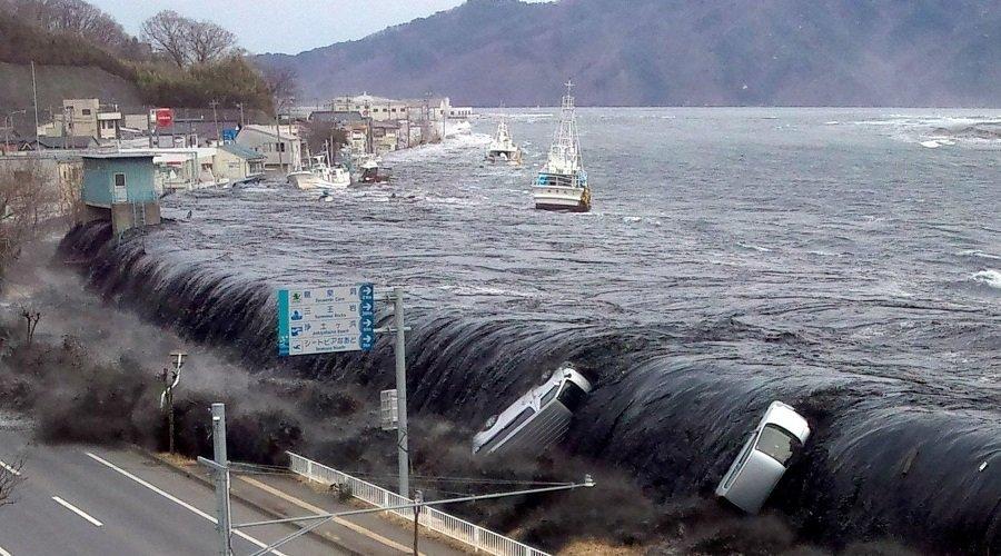 تسونامي بارتفاع 30 مترا يهدد شمال اليابان