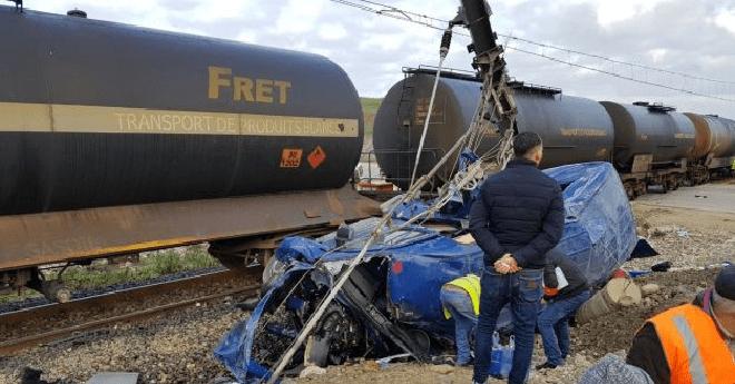 فاجعة بين طنجة والميناء المتوسطي.. 6 قتل و14 جريحا في حادث اصطدام قطار