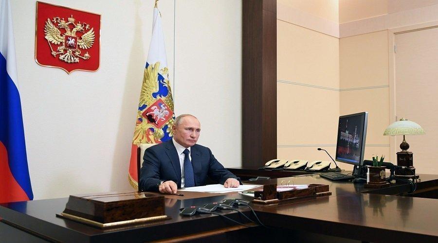 بوتين يؤكد فعالية لقاحي روسيا ضد كورونا ويعلن اقتراب تسجيل لقاح ثالث