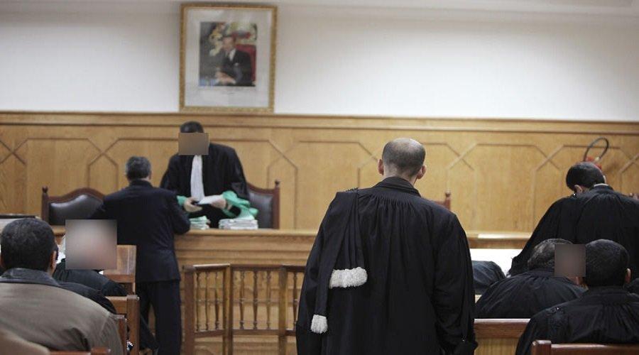الاستيلاء على عقارات يجر محاميا وعدلا أمام قاضي التحقيق
